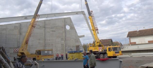 radovi-krovne-konstrukcije-sportske-dvorane-u-glini-2