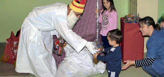 Sv. Nikola u Dječji vrtić Bubamara Glina