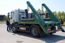 Isporučeno specijalno komunalno vozilo samopodizač za skupljanje komunalnog otpada na području Grada Glini