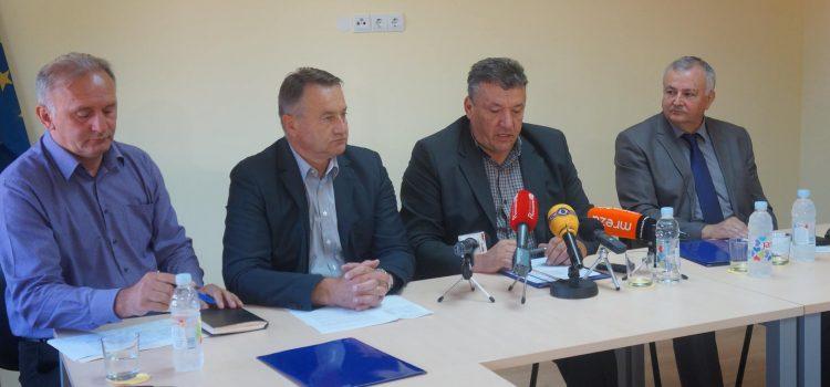 Gradonačelnik potpisao Sporazum o sufinanciranju izvanrednog održavanja županijskih i lokalnih cesta na području Grada Gline