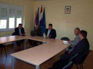 LokalnaHrvatska.hr Glina Odrzan sastanak vezano za rjesavanje steta uzrokovanih od divljaci