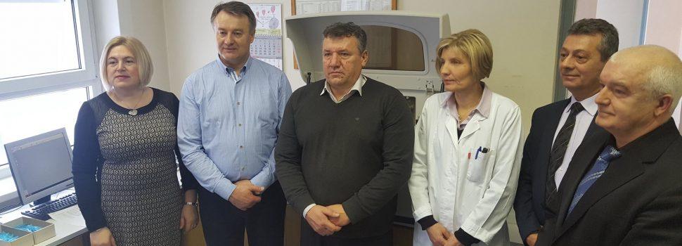 Novi laboratorijski uređaji u Domu zdravlja u Glini