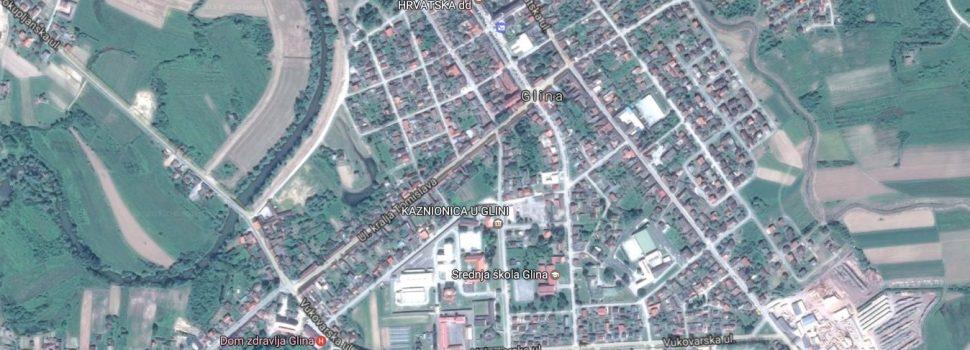 Javni poziv nositljima prava na nekretninama koje neposredno graniče sa zemljištem na kojem je izvedena nerazvrstana cesta