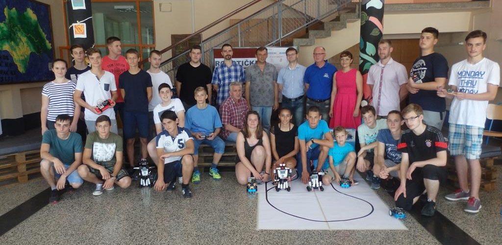 Robotički kamp u Srednjoj školi Glina