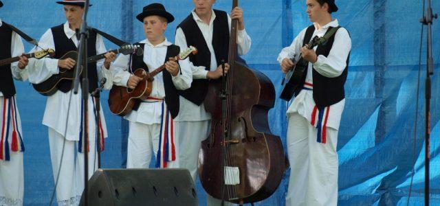 """6. međunarodna smotra folklora """"Ivanje u Glini"""""""