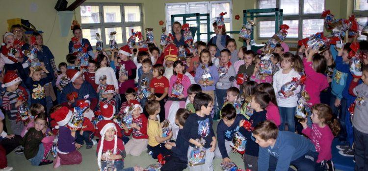 Došao sv. Nikola u Dječji vrtić Bubamara Glina