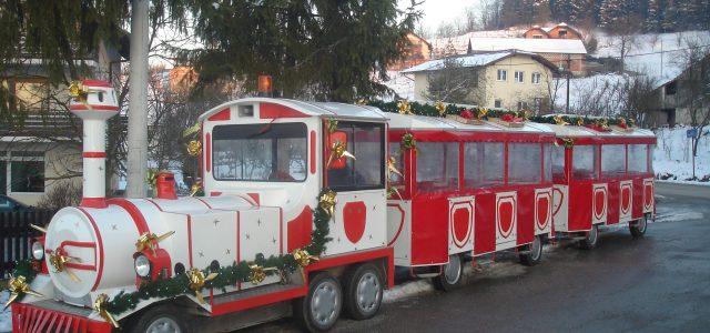"""Božićni vlakić """"Bubi"""" stiže u Grad Glinu"""
