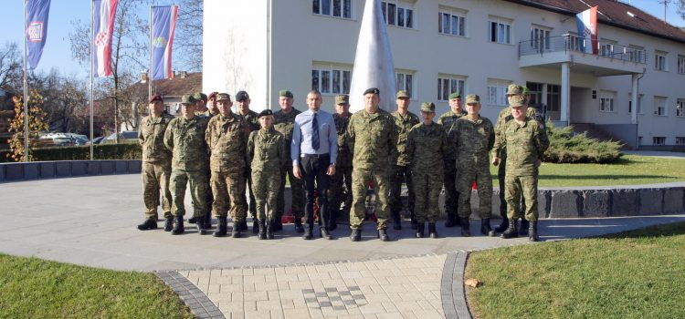Posjet polaznika Dočasničke škole Hrvatskog vojnog učilišta Glini