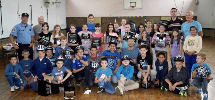 Grad Glina u suradnji s Osnovnom školom Glina i Policijskom postajom Glina