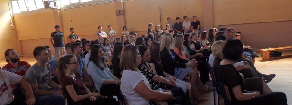 Svečana podjela svjedodžbi maturantima Srednje škole Glina