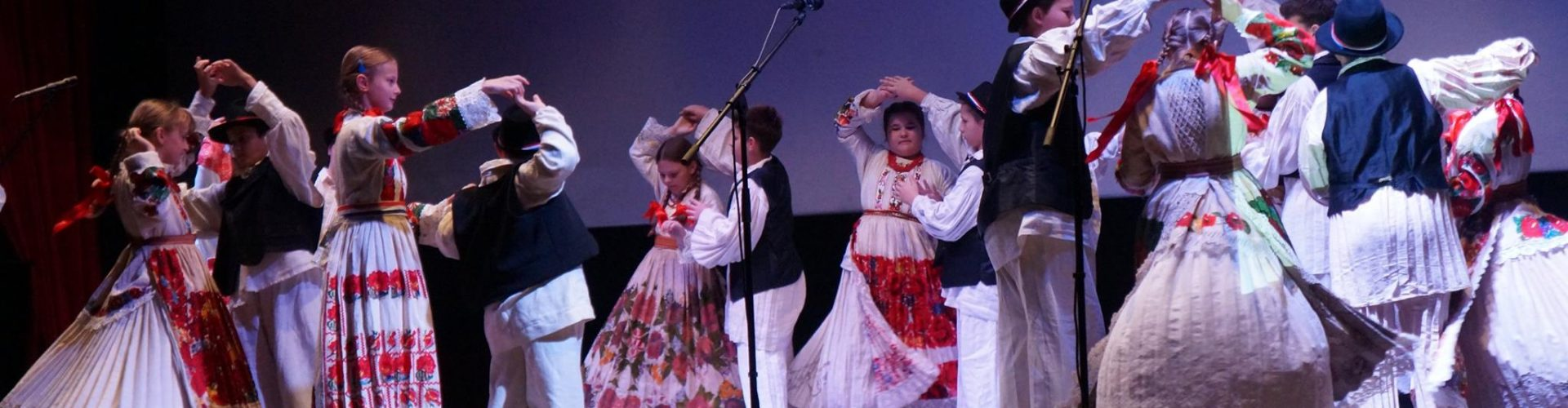 Dječja smotra folklora