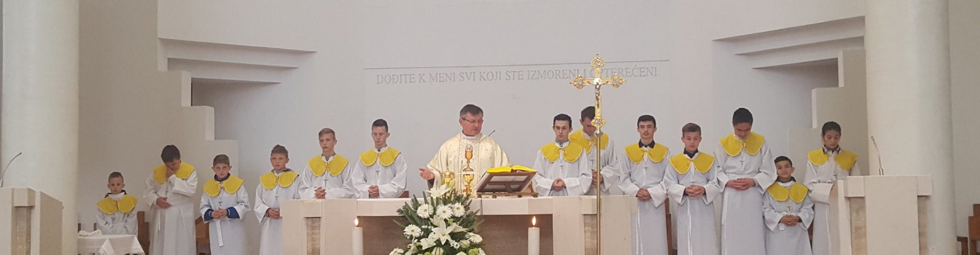 Uskršnja misa u Glini
