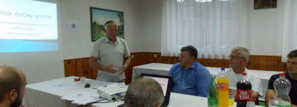 Zavičajnom klubu Joševica 10.000 kuna za uređenje dječjeg igrališta