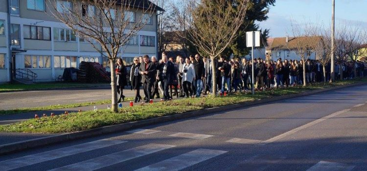 Obilježavanje 26. godišnjice stradanja Vukovara – paljenje svijeća