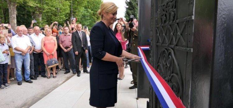 100.000,00 kuna za uređenje memorijalnog mjesta crkve sv. Ivana Nepomuka