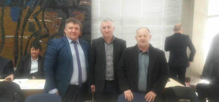 Nakon više od 30 godina Grad Glina, na čelu s gradonačelnikom Kostanjevićem, kreće s rekonstrukcijom kolnika, nogostupa i vodovodne mreže u Ulici kralja Tomislava