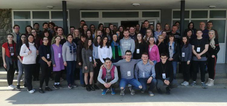 Dan zamijenjenih uloga u Srednoj školi Glina