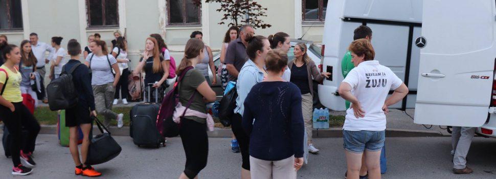 Gradonačelnik otpratio mladež Crvenog križa na kamp u Rogoznicu
