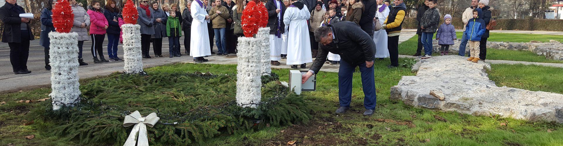 Gradonačelnik upalio prvu adventsku svijeću