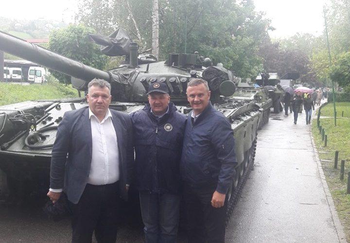 Gradonačelnik Kostanjević na obilježavanju 28. obljetnice ustrojavanja 2. gardijske brigade i 12. obljetnice 2. mehanizirane bojne Gromova u Krapini