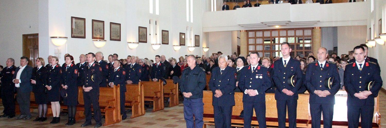 Svečana primopredaja novog vatrogasnog vozilo u DVD Glina i proslava sv. Florijana, zaštitnika vatrogasaca