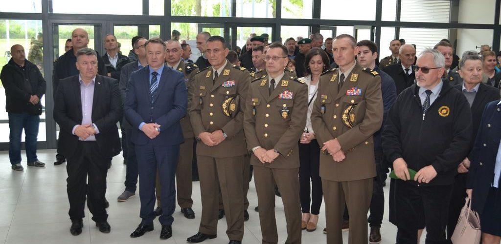 """12. obljetnica ustrojavanja 2. mehanizirane bojne """"GROMOVI"""" i otvorenje Spomen sobe """"GROMOVI"""""""